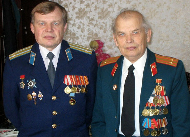 Иван Алексеевич и Игорь Иванович Ревины