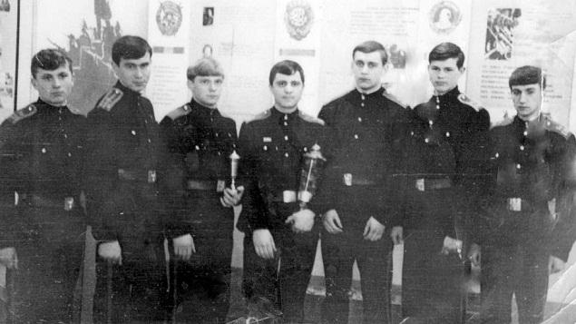 МнСВУ, 14 выпуск, справа Александр Кормушин