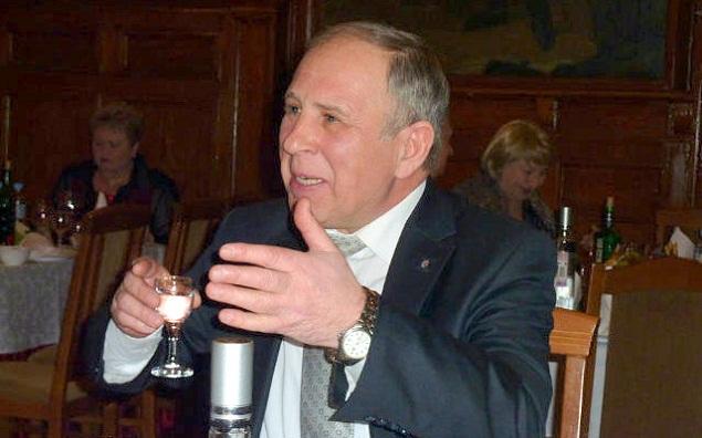 Валерий Ларченко на юбилее товарища-генерала...