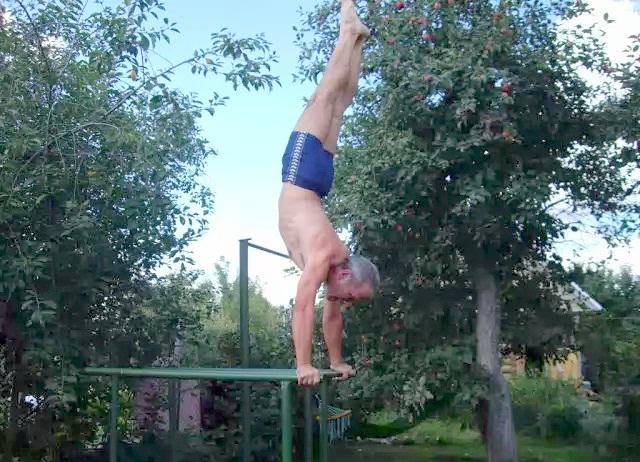 Евгений Илларионов