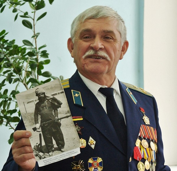 Полковник А.Попович02